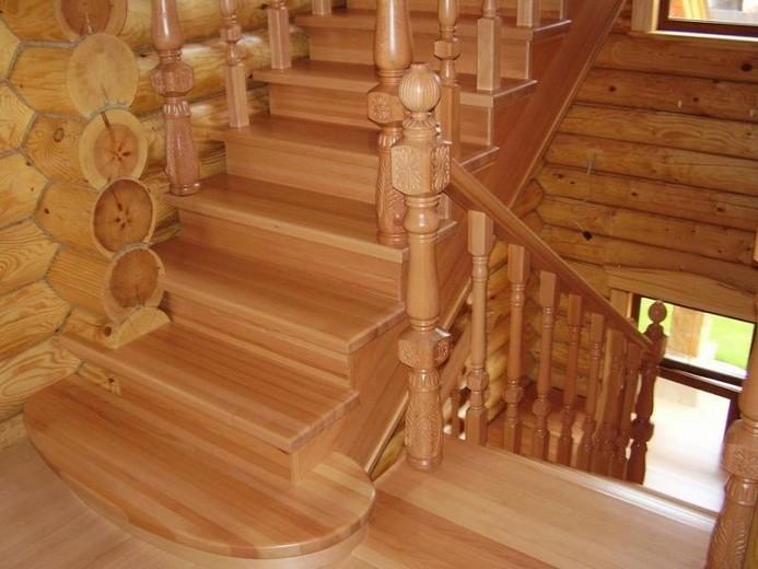 строительство лестниц в загородном доме
